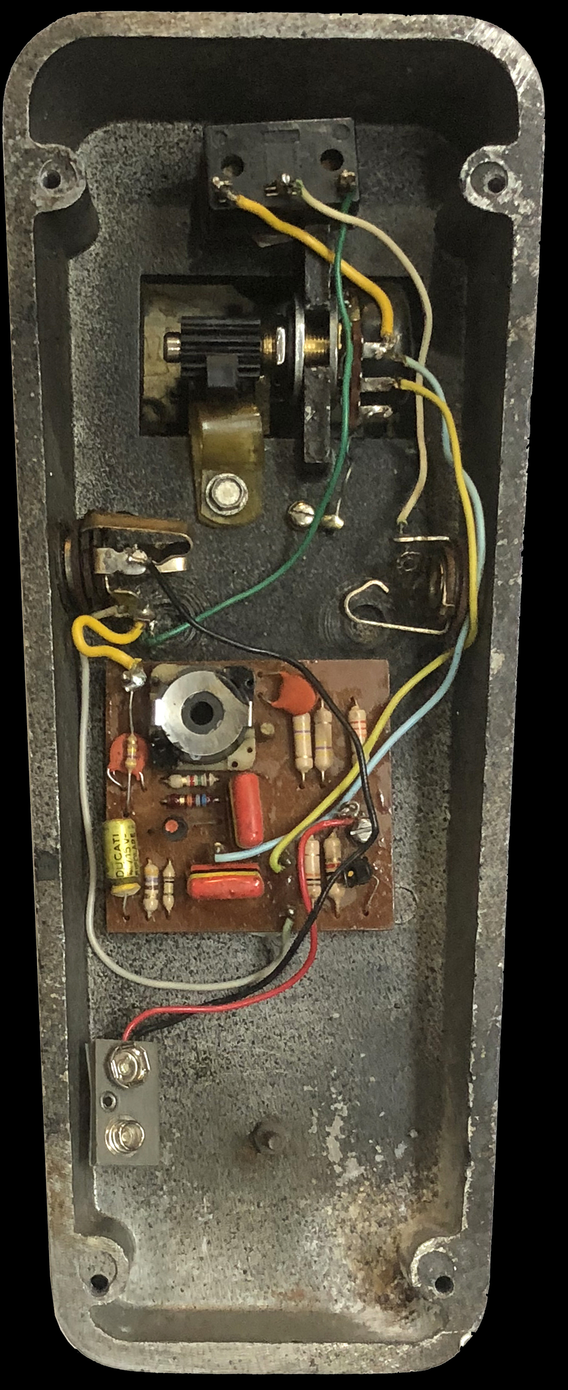 The Vox Showroom V846 Wah Pedal 1967 1978 Clarostat Potentiometer Wiring Early With Halo Inductor
