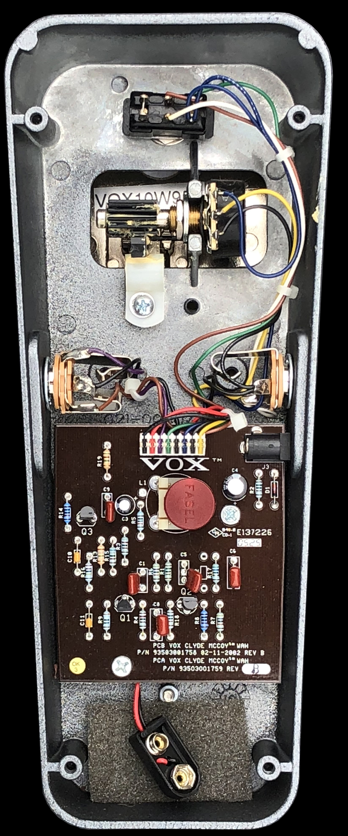 The Vox Showroom V848 Clyde Mccoy Wah Pedal 2002 2004 Circuit Created Worlds First While Designing A Device Using Variable Version Of Mrb Mid Range Boost Made Famous In Their